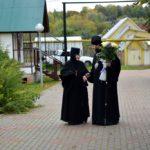 27 сентября в день Воздвиженья Креста Господня епископ Дальнеконстантиновский Филарет совершил Божественную литургию в Лукино